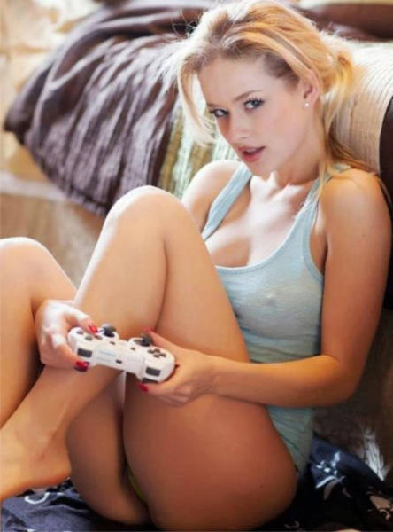 Sexy Video Game Girls