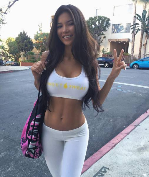 Sexy Fit Girls Are Always A Pleasure For The Eyes
