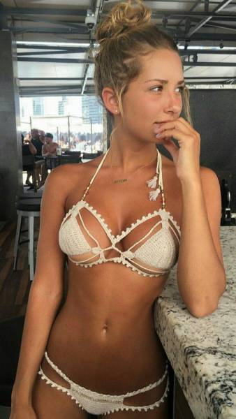 Beautiful Bikini Clad Girls Remind Us How Much Summer Will Be Missed