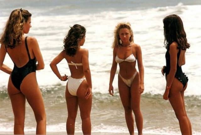Hot Babes From 80's On The Beautiful Beaches Of Chile