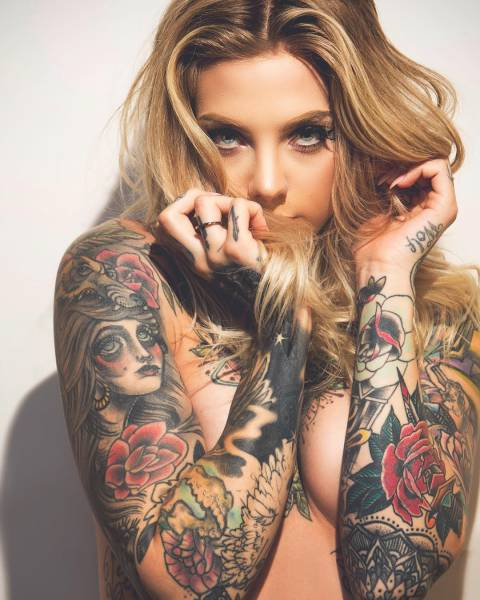 Hot and Hardcore Tattooed Girls