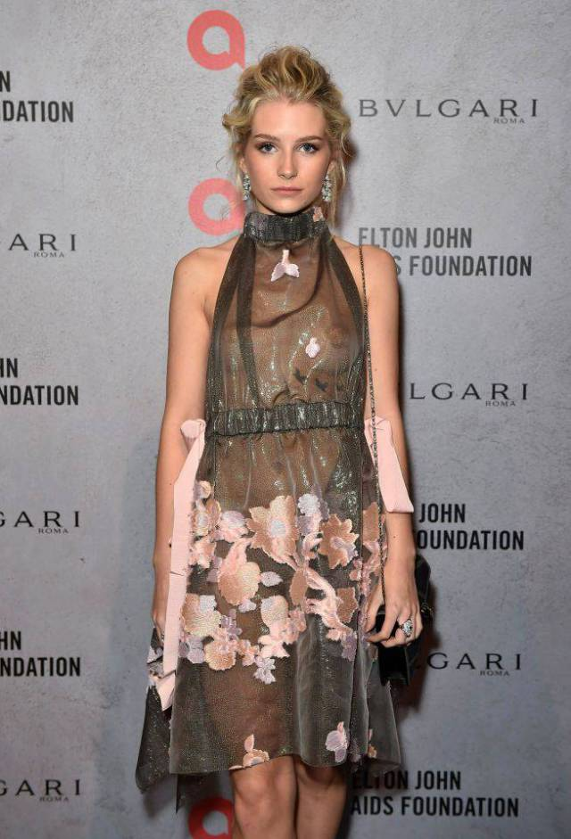 Kate Moss's Little Sis Stole The Show When She Appeared At Elton John's Charity Event